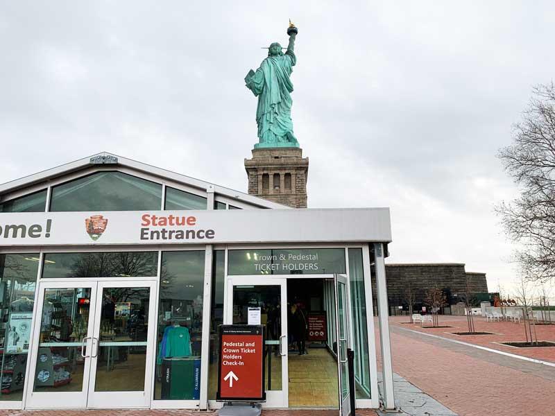 coroa da estatua da liberdade