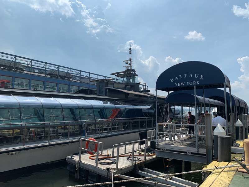 cruzeiro com brunch em Nova York